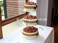 1-wedding-cake-side.jpg
